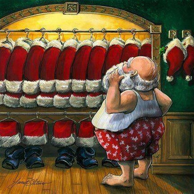 Merry Christmas! #santa #dressing #room #habal #هبل #HabaLdotCom #هبل_دوت_كوم