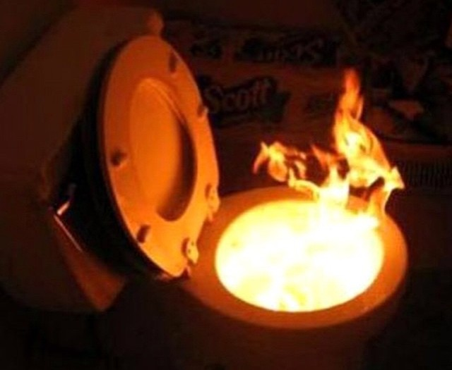 When you #eat #toomuch #toilet #burn #fire #habal #هبل #HabaLdotCom #هبل_دوت_كوم