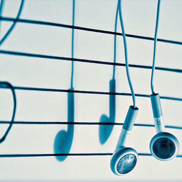 #earphones #musical #notes #shadows #habal #هبل #HabaLdotCom #هبل_دوت_كوم