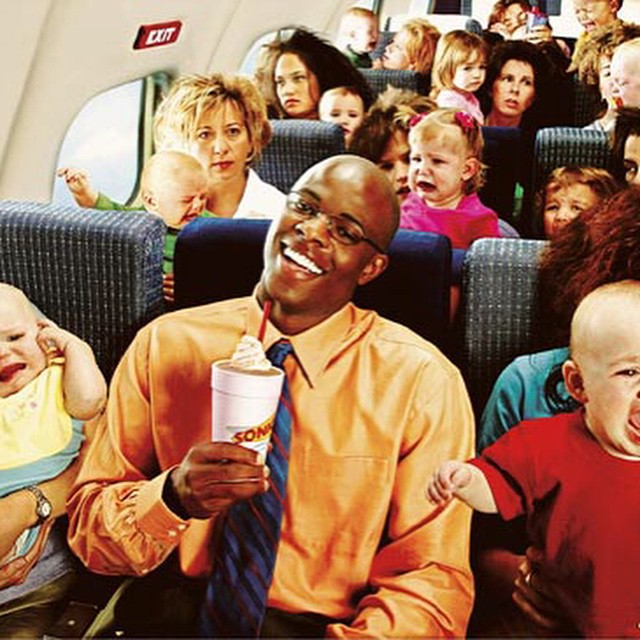 Why is this man smiling? #dream #flight #babies #habal #هبل #HabaLdotCom #هبل_دوت_كوم