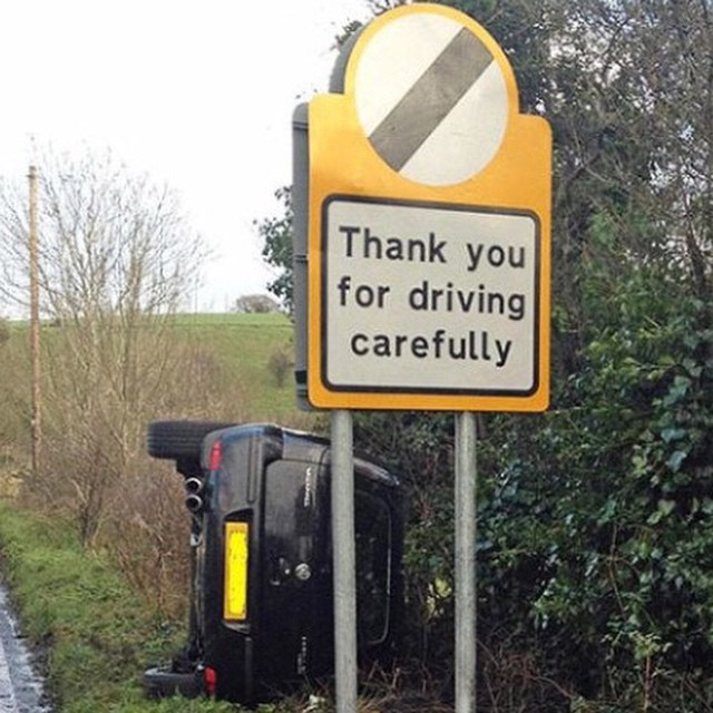 #accident #sign #fail #habal #هبل #HabaLdotCom #هبل_دوت_كوم