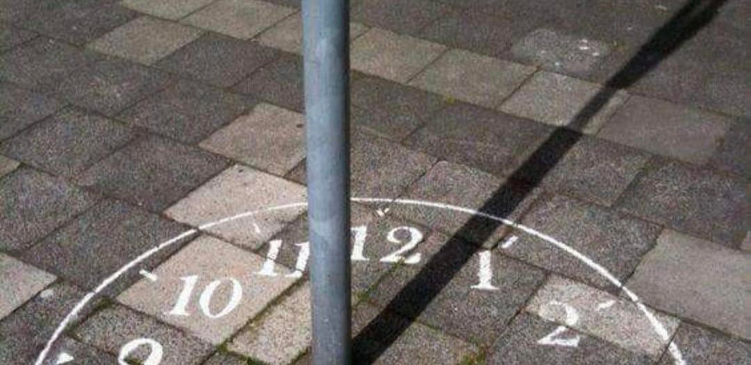 #pole #transforms into #sundial #street #art #win #habal #هبل #habaldotcom